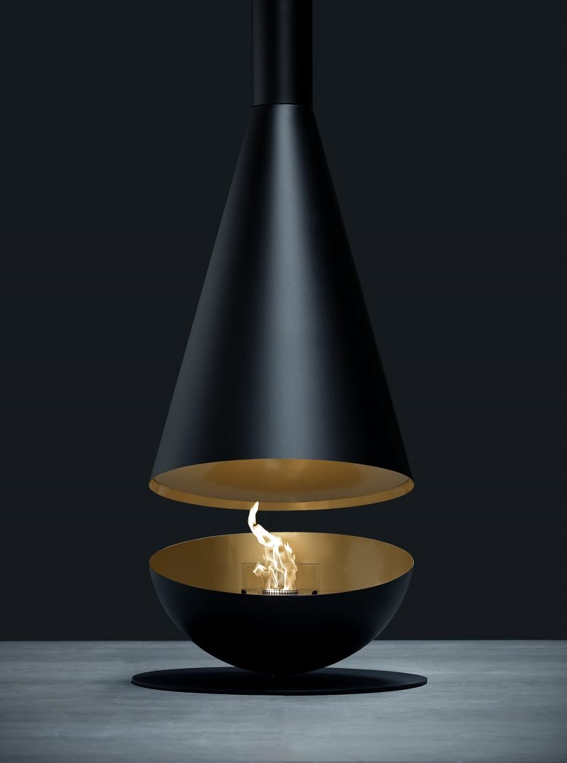 Glamm Thales hanging circular fire in black. Adjustable view with option to twist top or bottom for an ever changing design.